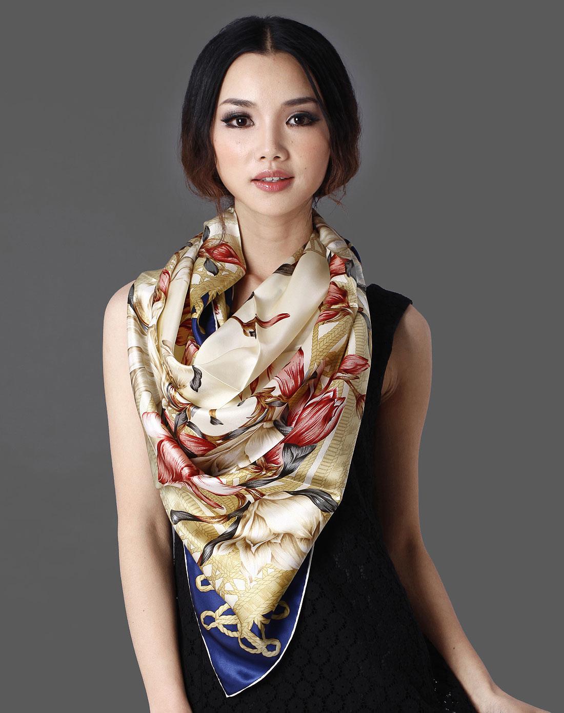 红色花丝巾