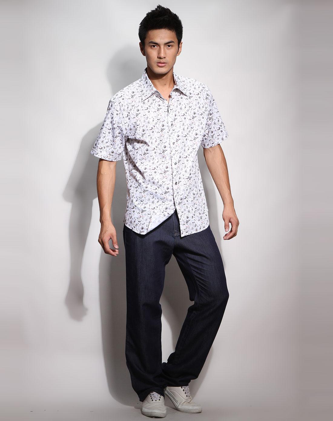 男款白底/灰色花纹短袖休闲衬衫